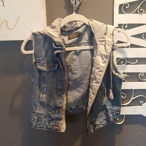 Jackets & Blazers - ci sono cropped jean vest w/ hoodie